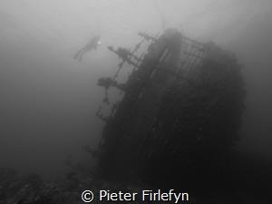 Umbria wreck by Pieter Firlefyn