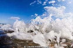 little splash wave....... by Claudia Weber-Gebert