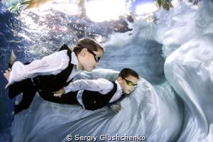 To school... by Sergiy Glushchenko