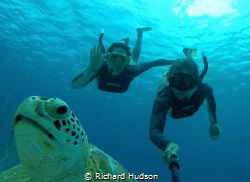 Selfie with Green Turtle by Richard Hudson