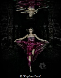 Underwater Fashion Shoot with manipulated background by Stephan Ernst