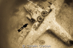 """""""Fly baby'' , taken in Boracay at 25m on breath hold . Mo... by Catalin Craciun"""