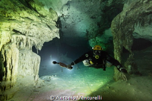 a shot taken during cave diving in Xunaan -ha ,Chemuyil, ... by Antonio Venturelli