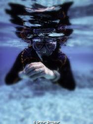 mirror snorkeling  Nikon AW130 by Carsten Schroeder