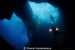 Blue eyes. Malta. Blue Hole. by Oxana Kamenskaya
