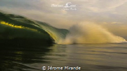 1/13 s in the wave by Jérome Mirande