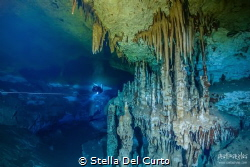 Double layer with double color: fresh water above, salt w... by Stella Del Curto
