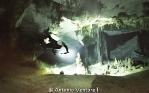 Xunaan-Ha cave diving by Antonio Venturelli