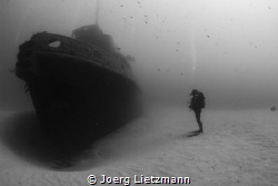 Having another view to a wreck. The Rozi is a tugboat in ... by Joerg Lietzmann