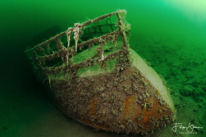 """Wreck of """"de Rat"""" in water with a visibility of 15 meters... by Filip Staes"""