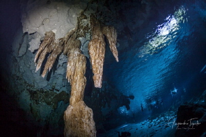 Dos Ojos cavern, Playa del Carmen México by Alejandro Topete