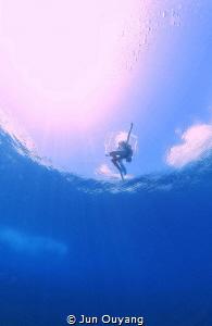 floating by Jun Ouyang