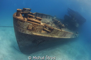 Lonely USS Kittiwake prior to Hurricane Nate by Michal Štros