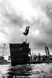 A bunch of business leaders were jumping into the 4C wate... by Rune Edvin Haldorsen