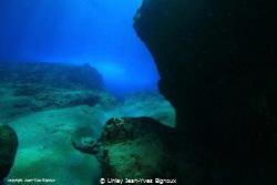 Coin De Mire 8 metres.Natural light /Mauritius by Linley Jean-Yves Bignoux