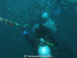 ..get deco after the Irako,very bad visibility that day by Hansruedi Wuersten