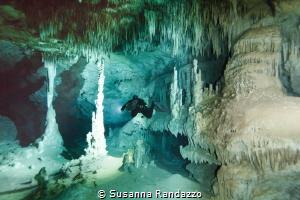Otoch Ha cave by Susanna Randazzo