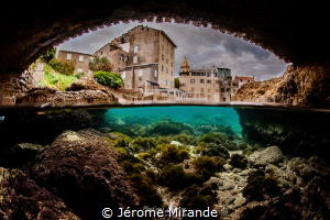 Under the bridge by Jérome Mirande