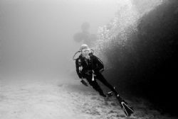 My Lady (Pamela) on the Bibb wreck - Photo taken in 133ft... by Michael Salcito