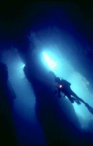 Cave,Sagres, F90x by José Augusto Silva