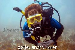 American diver at Ilha  da Rata at Fernando de Noronha´s ... by Alexandro Auler