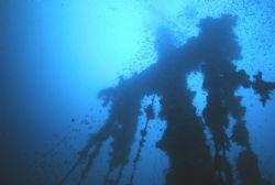 KIngpost, Fujikawa Maru, Truk Lagoon.  Housed Nikon f, 24... by Rick Tegeler