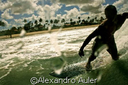 Free surf at Borete beach , near the city of Porto de Gal... by Alexandro Auler