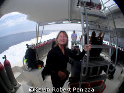 Wendy gives the Fish Eye back to the Fish Eye! Boat dive... by Kevin Robert Panizza