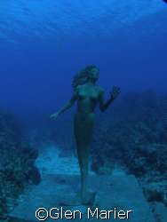 Since the mermaid held that pose until I got there....Gra... by Glen Marier