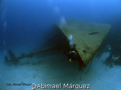 Evelio at the Hilma Hooker, Bonaire by Abimael Márquez