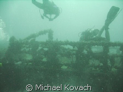 Diving the Robert Edmister in 73 feet of water near Fort ... by Michael Kovach