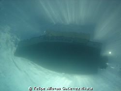 from 60 ft of water by Felipe Alfonso Gutierrez Hirata
