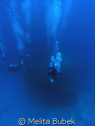 Rush Hour... (wreck dive/island sernaka/egypt) by Melita Bubek