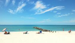 Nikon D80, Beach of Naples Florida/USA by Andy Kutsch