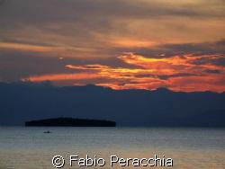Rosso di sera... by Fabio Peracchia