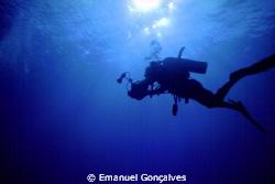Diver, Egyptian Red Sea, Nikon F50 – Nikkor 20-35mm, No F... by Emanuel Gonçalves