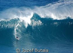 "Surfing ""Jaws"" by Jozef Butala"