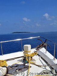 crossing the Maldive's channel. Male Atol to Ari Atol. Ca... by Ng Steven