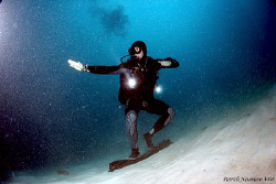 On a boring dive with bad visability my Buddy did somethi... by Patrick Neumann