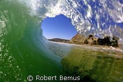 Mid May barrel/Canon 5D/Canon Fisheye lens/SPL waterhousing by Robert Bemus