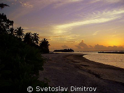Sunset in Maldives. by Svetoslav Dimitrov