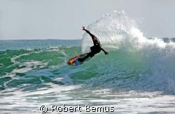 Rainbow rider/Rincon,CA, 2/17/08, Canon 5D, Tamron 200-50... by Robert Bemus