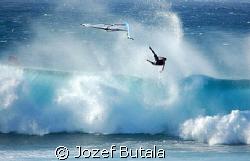 ...free fall,,windsurfer at hookipa beach,maui,hawaii by Jozef Butala