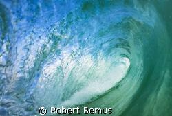 Aqua silence by Robert Bemus