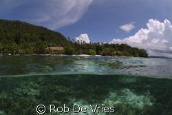 Sorido resort, Fuji S2pro with 10,5 mm lense by Rob De Vries