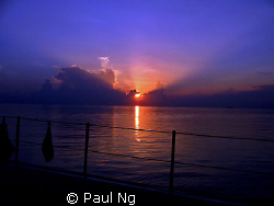 Romance Sunset In Ocean. Taken with compact camera Canon A95 by Paul Ng