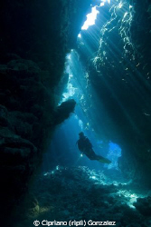 St. Jhons Caves. Amazing light efects by Cipriano (ripli) Gonzalez