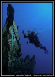 Small Wreck in the red Sea and my wife :O) ..... by Michel Lonfat