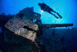 Stern Gun on the Thistlegorm, Red Sea, Egypt. by Jim Garland