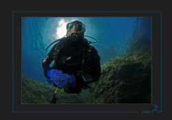 Cedric exploring the Medes Island by Sven Tramaux